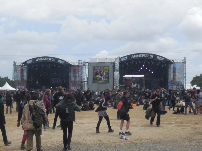 Les Main Stage